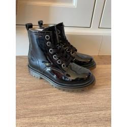 Pinocchio boot